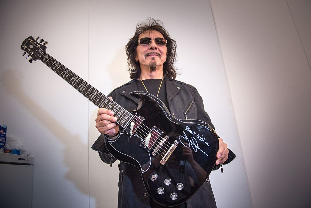 Tony Iommi, de Black Sabbath, habla sobre su querida guitarra 'Monkey'   Garaje del Rock