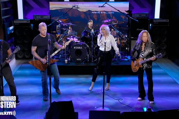 "Metallica y Miley Cyrus presentan en vivo ""Nothing Else Matters"""
