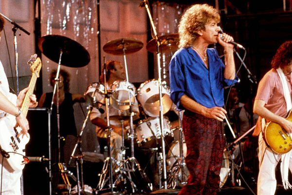 Jimmy Page (Led Zepelin) admite que fue un error contratar a Phil Colins para 'Live Aid'