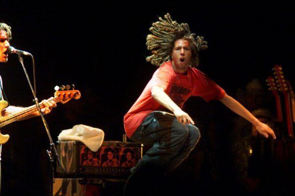 Rage Against the Machine devolvió la mitad de su dinero al festival Coachella de 1999