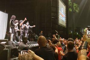 Kiss pospone su concierto por problemas climáticos